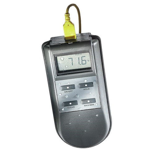 Overview The KM43F Water Resistant Thermocouple Thermometer