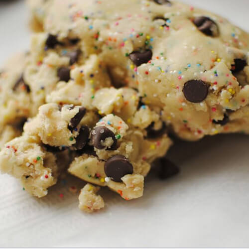 Health Risks From Eating Raw Cookie Dough